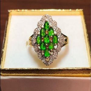 Jewelry - 10k yellow gold and Diamond and Green stone ring